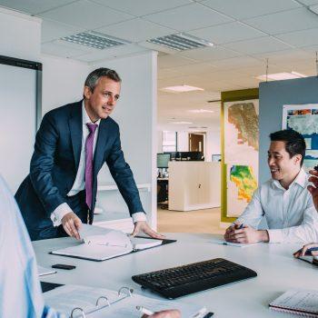 Die Personen stellen stellvertretend das Management von Lean Management dar.